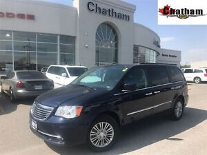 2016 Chrysler Town & Country POWER HEATED MIRRORS/DVD/$92 WKLY