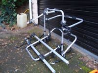 HALFORDS TOP OF RANGE BIKE RACK ONLY USED ON BACK OF T5 IN GOOD CONDITION ONLY £30 FOR QUICK SALE
