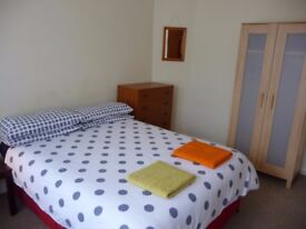 Big double room in clean house north London for couples or singles