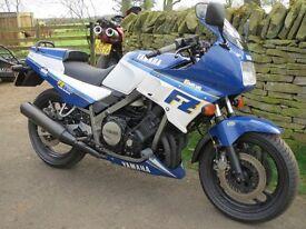 Yamaha FZ750 1FN sports bike. Rare 1986 bike imported in 2014. Road registered and track ready.