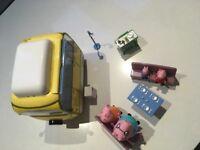 Peppa pig camper van and accessories