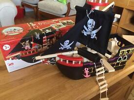 Le Toy Van Barbarossa Wooden Pirate Ship 3+ Preschool Toys GLTC