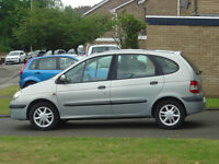 renault scenic sport people carrier