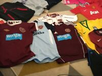 Boys football tops hearts man united Barcelona and few others designer hoodies and polo shirts 11/12