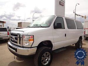 2014 Ford E-350 XLT 12 Passenger 4x4 - 52,026 KMs, 5.4L V8 Gas