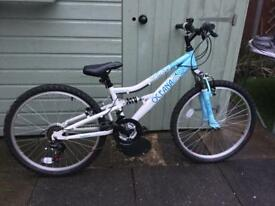 Girl's bike for sale 20 inch wheel