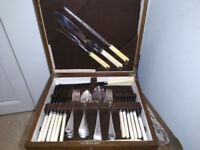 Cutlery set in a wooden box