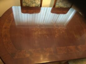 Beautiful large dining table and 6 chairs, (4 normal 2 carvers)