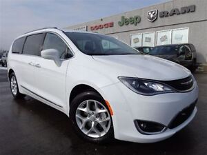 2017 Chrysler Pacifica Touring-L Plus-U-Connect Theater Package-