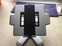 Toshiba Laptop Stand