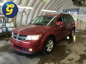 2011 Dodge Journey SXT*SUNROOF*8.4-IN TOUCH SCREEN CD/DVD/MP3 PL