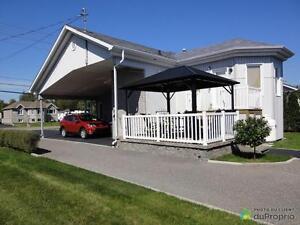 234 800$ - Jumelé à vendre à Chicoutimi Saguenay Saguenay-Lac-Saint-Jean image 3