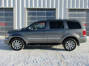 2007 Chrysler Aspen LIMITED FULLY LOADED AND MINT CONDITION