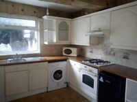 3 bed room house for rent in Routh Cardiff.