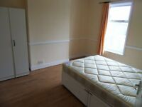 GOOD SIZE DOUBLE ROOM AVAILABLE FOR RENT IN ILFORD (SEVEN KINGS)