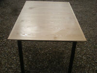 Table REDUCED £80