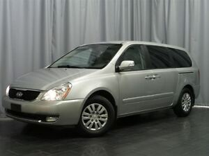 2014 Kia Sedona LX Convenience /Local vehicle it is van season!
