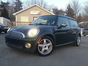 2009 MINI Cooper Clubman RARE FIND!! LOW KMS!!