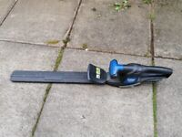 Macallister MHT18 cordless 18v hedge trimmer with battery and charger