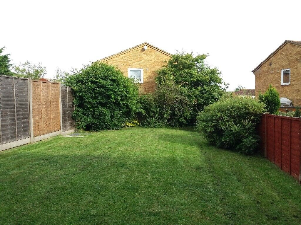 Groovy 3 Beds Semi Detached House To Rent In Wigmore Luton For 1100 00 P Cm In Luton Bedfordshire Gumtree Download Free Architecture Designs Lukepmadebymaigaardcom