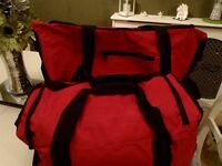 BRAND NEW LARGE LUGGAGE HOLDALL ON WHEELS & CABIN BAG