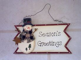 Snowman wooden hanging sign.........just £1.25