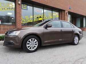 2014 Volkswagen Jetta 2.0LHTD SEATS, ALLOYS,SUNROOF!