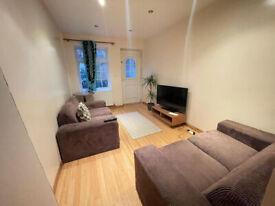 Stunning 2 bedroom house available near Whitechapel E1 area!