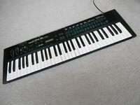 Yamaha DX11 FM polyphonic synthesizer (DX-11 digital MIDI synth, RARE).