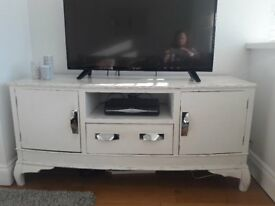 Solid Wood TV Unit - 1 drawer and 2 copboard white vintage style