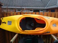 Pyranha S:6 playboat kayak