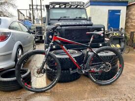 Boardman hard tail mountain bike