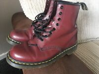 New (ish) Doc Martens Boots size 7