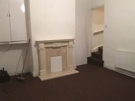 Newly refurbished 2 bed back-to-back house situated in Copley Street BD5.