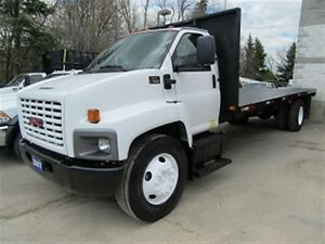2007 GMC Topkick diesel with 22 ft flat deck