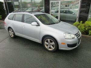 2009 Volkswagen Jetta RARE 5-SPEED WAGON WITH LEATHER & MOONROOF