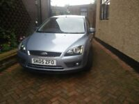 LADY OWNER FORD FOCUS ZETEC 1.6