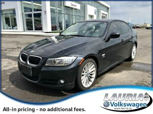 2011 BMW 3 Series 328i xDrive - Navigation / Loaded!