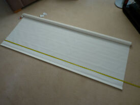 Cream/white Roller/Sun blind 80 inch drop x 68 1/2 inch width (approx)