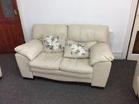 Sofa offwhite 3 pieces (DFS)