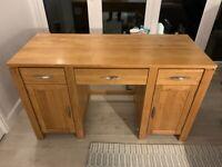 Solid Oak Desk - Excellent Condition