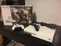 ***SOLD*** Xbox One S - 1Tb