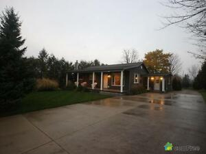 $469,900 - Bungalow for sale in Wellesley Stratford Kitchener Area image 2