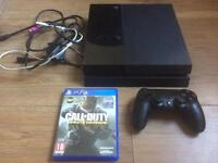 PlayStation 4 console plus 1 game