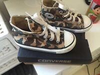 Converse size 8