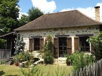 Beautiful holiday stone detached cottage for rent in SW France.