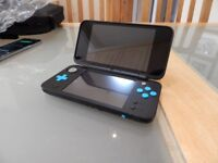 Nintendo 2DS XL - LIKE NEW CONDITION - Used once