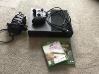 Xbox one black 500GB W/controller + 2 games