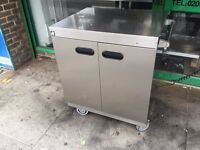 2 MONTHS OLD CATERING COMMERCIAL HOT PLATE CUPBOARD CAFE RESTAURANT KEBAB PIZZA BAR CHICKEN SHOP