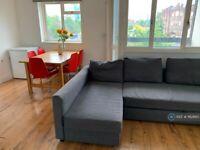 5 bedroom flat in Jamaica Street, London, E1 (5 bed) (#1162665)